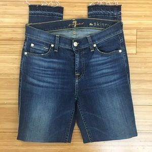 7 For All Mankind The Skinny Released Hem Jeans 26